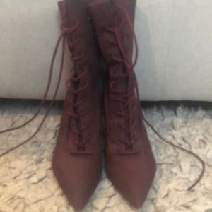 Yeezy Season 5 Burgundy shoe